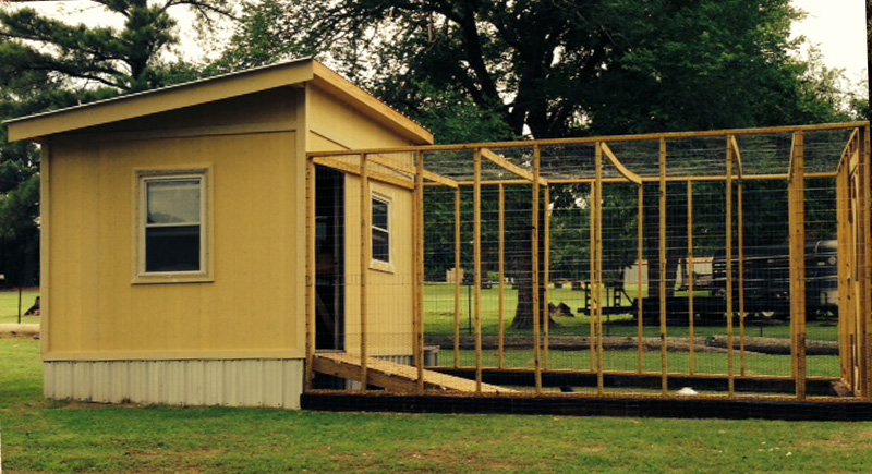chicken coop plans: diy chicken coop and chicken tractor plans